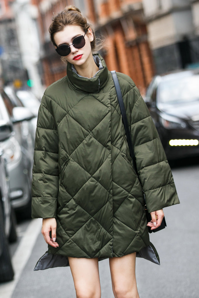 Women's Medium Long Collared Puffer Coat - Green