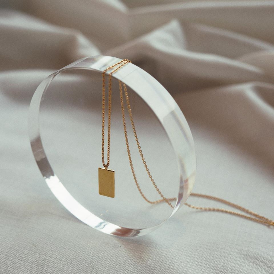 Lada rectangle gold necklace