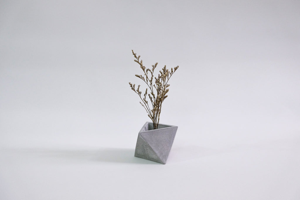 Pyramid Concrete Pot