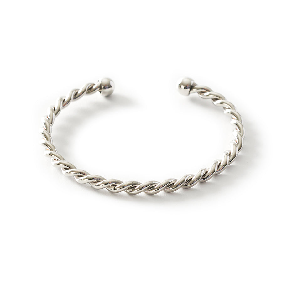 Daryn Twisted Cuff