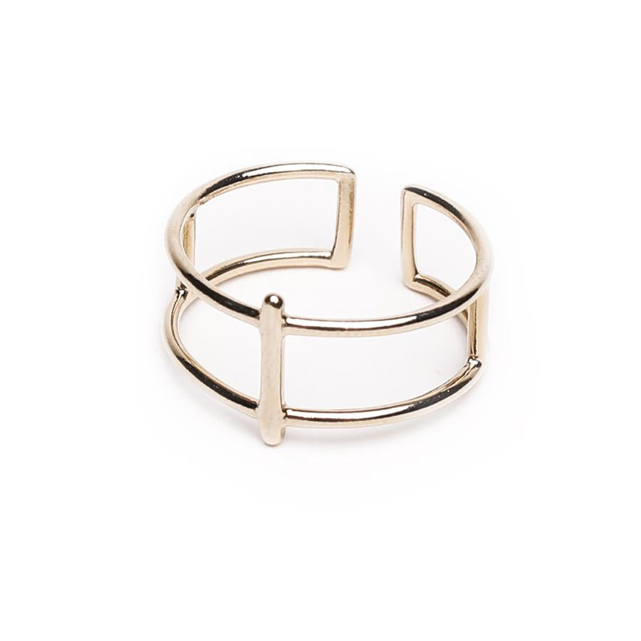 Kai Minimalist gold ring