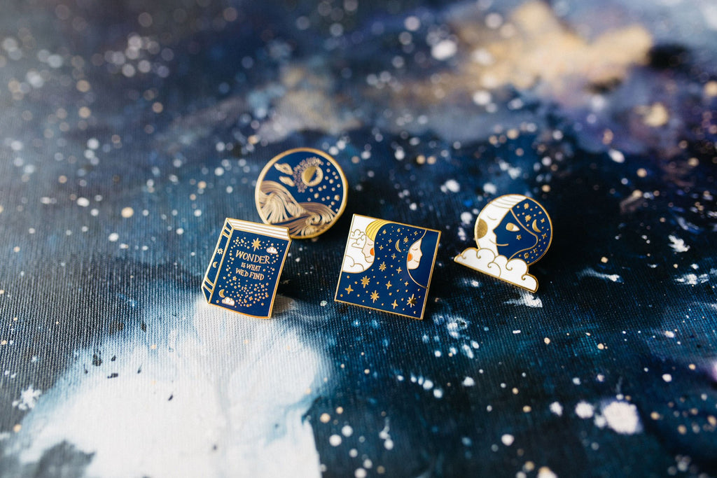 Wonder / Sun & Moon - Day & Night Pin