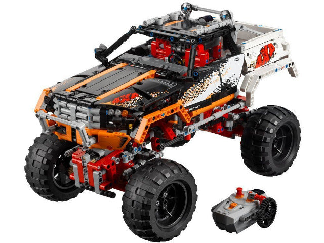 LEGO Technic 9398  4X4 Crawler. 2012. Preowned in great condition. Retired Product.