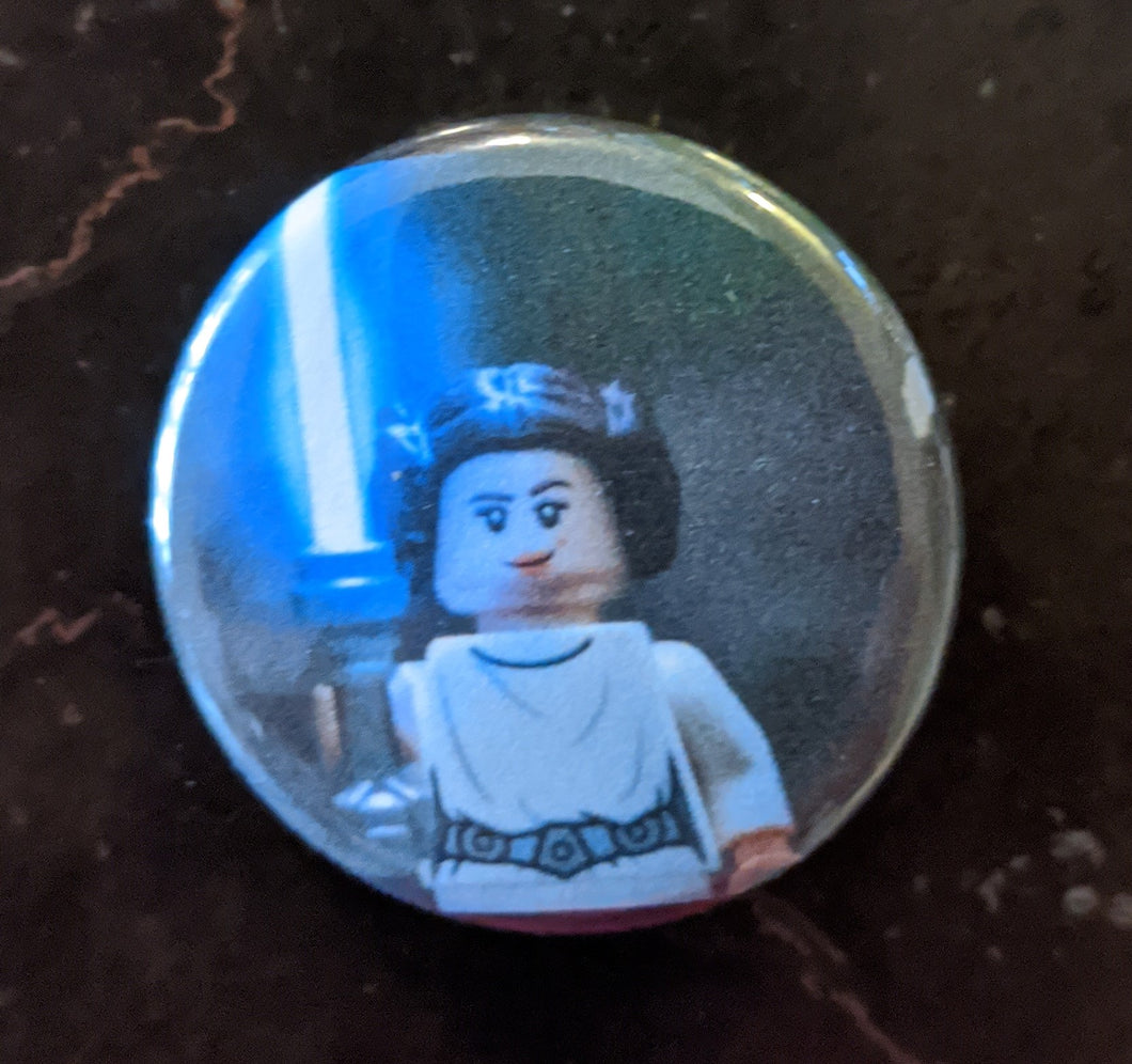 Button/Pin: Star Wars Princess Leia Button/Pin, New.
