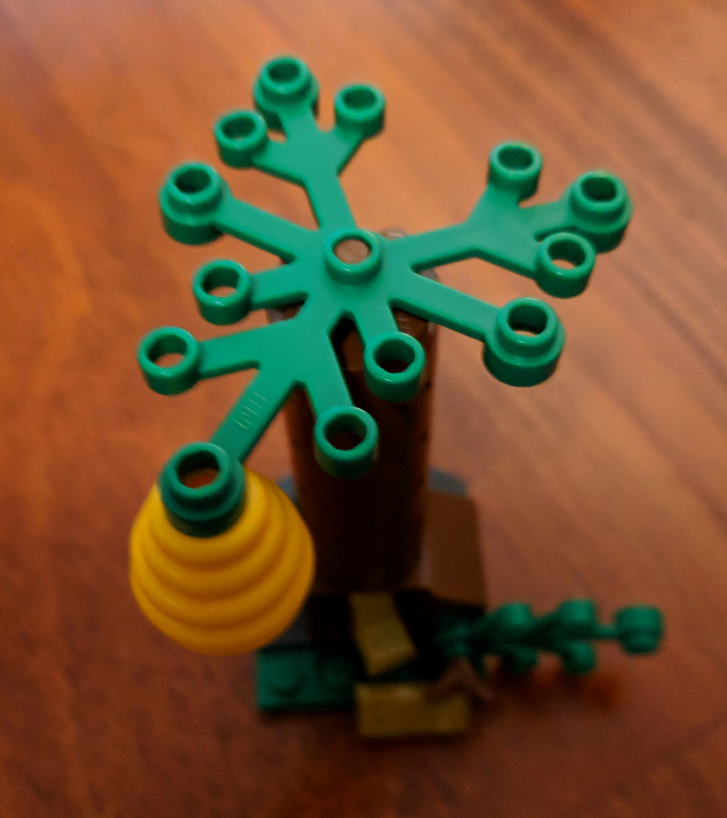 LEGO Beehive tree. New.