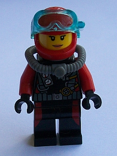 LEGO City: Deep Sea Explorers: cty0598 Scuba Diver, Female without flippers. 2015. Preowned.