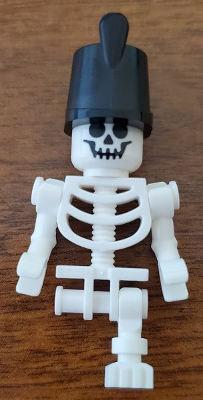 LEGO Minifigure: gen141 Skeleton with One Leg and Imperial Guard Hat. Preowned.