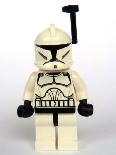 Star Wars Clone Wars Minifigure: sw0200a Clone Trooper with Black Helmet Antenna. 2010. Preowned.