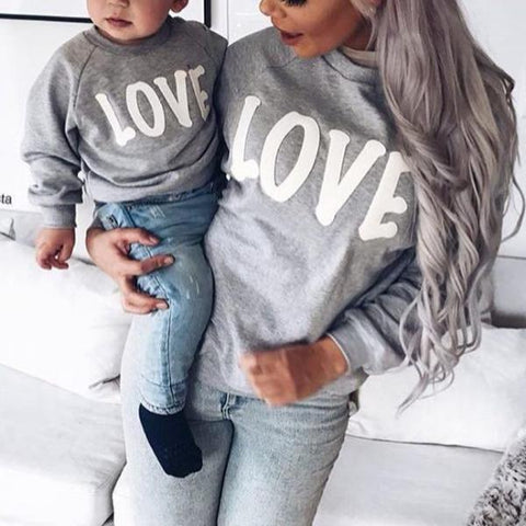 """LOVE"" Mother and Kids Matching Pullover Sweater Top (1pc)"