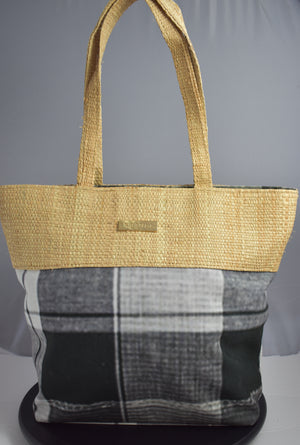 BETTY Raffia Bag