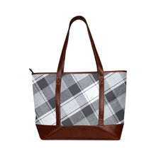 Load image into Gallery viewer, BETTO Tote Handbag