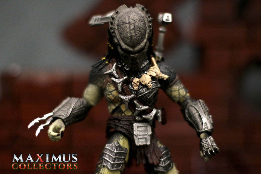 Maximus Collectors Predator Wolf Monsterarts Tamashii Figuarts