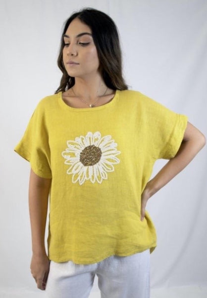 Linen Top With Sequin Daisy - 3 colors