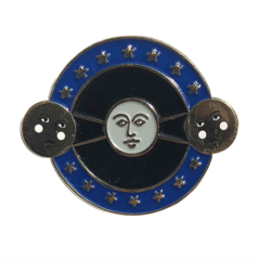 Moon Kissing the Sun Pin