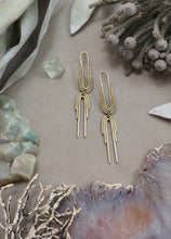 Twin Arch earrings