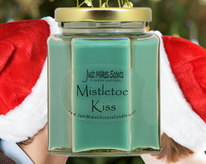 Mistletoe Kiss Christmas Candle