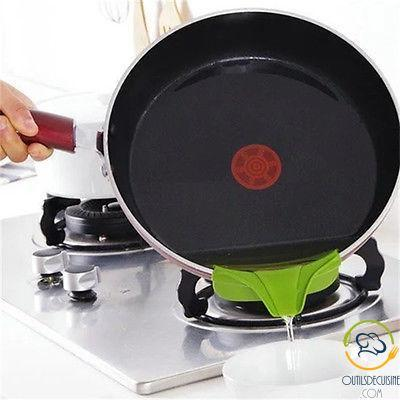 Removable Silicone Pourer Pourer for Saucepan or Stove
