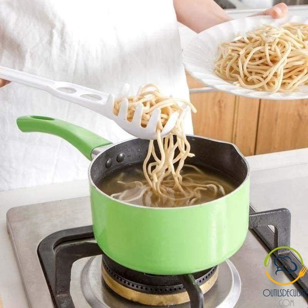 Spaghetti measuring spoon