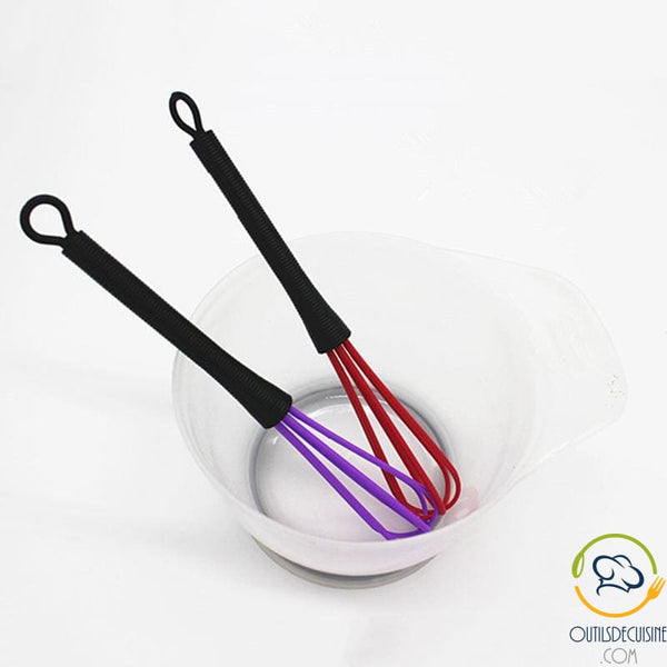Plastic Kitchen Whisk