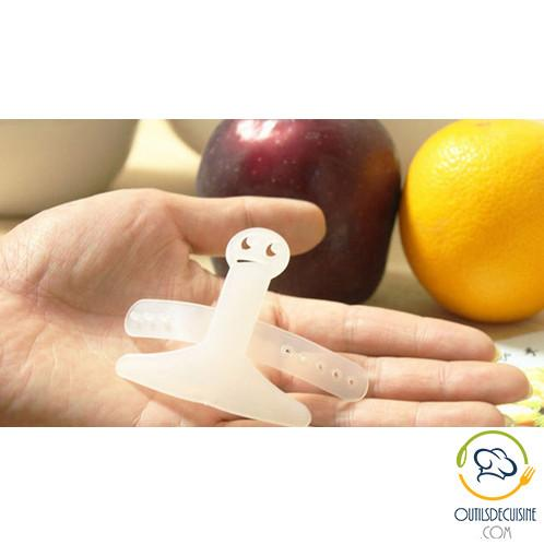 Protection - Smiley Finger Cut Protector - Cut Keeping Your Ten Fingers!