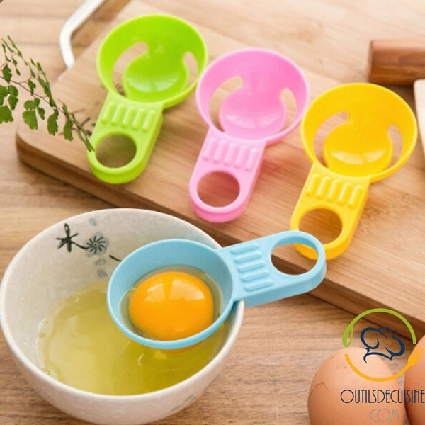 Egg Separator: Separate The Yolk From The White Very Easily