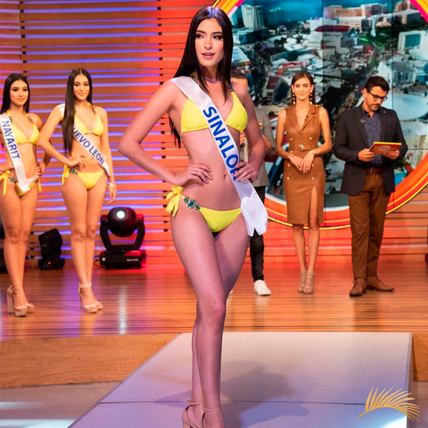 Miss Grand México Elizabeth de Alba wearing a Luxury jewlery yellow bikini