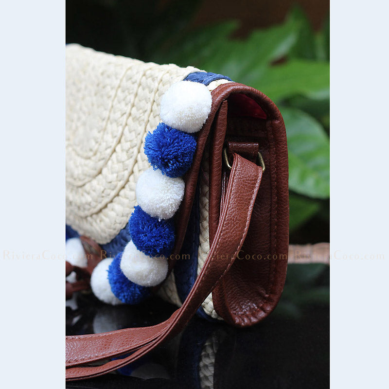 Knitted PomPoms Purse