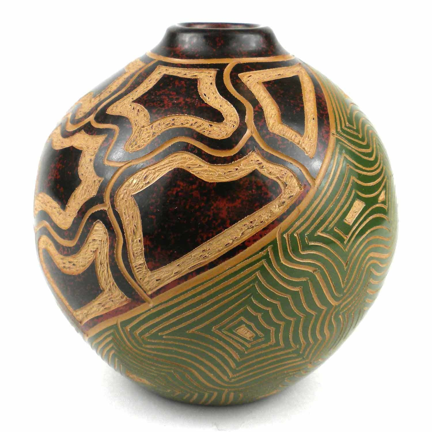 4 inch Tall Green & Shell Vase - Esperanza en Accion