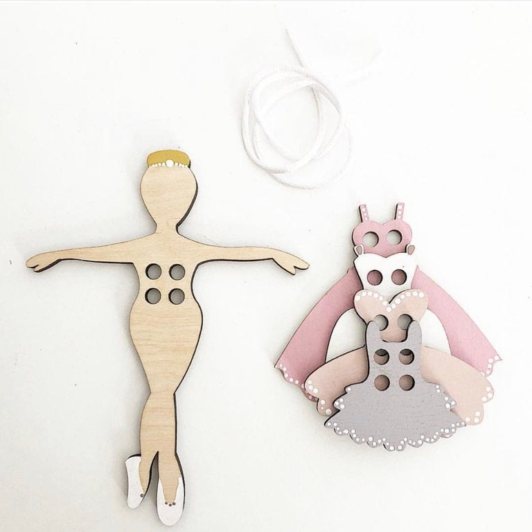 Dancing Girl Lacing Set