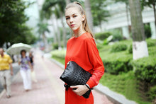 Classic & Luxurious Genuine Leather Messenger Clutch Handbag ~ Alligator Pattern - BOUTIQUE CHIC