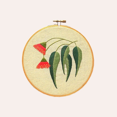 Embroidery Kit - Gum Leaf