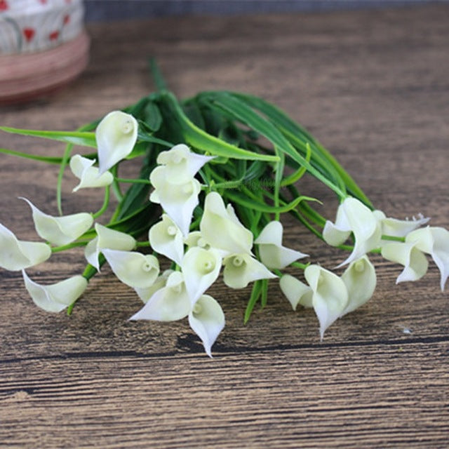 New beautiful 25 heads/bouquet mini artificial calla with leaf plastic fake lily Aquatic plants home room decoration flower