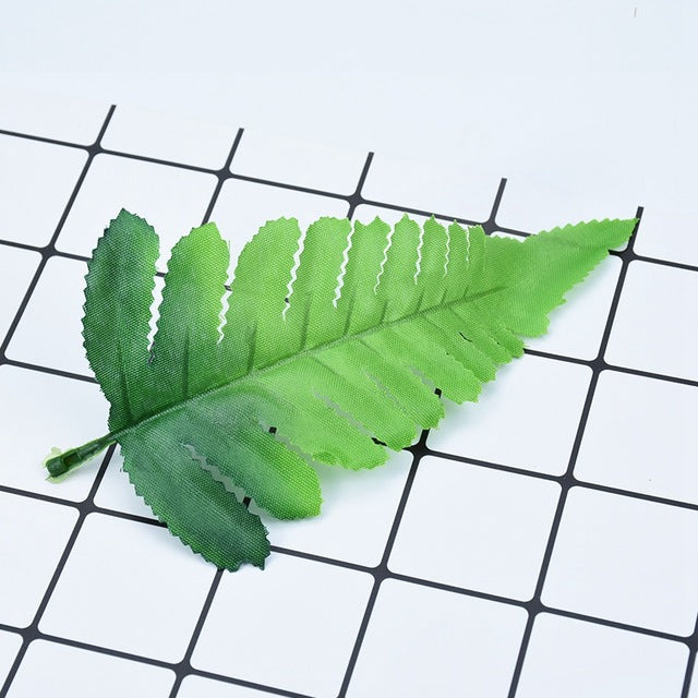 10pcs Fake green leaves cheap silk Fern leaf Christmas wreath wedding home decor flowers Artificial plants diy gifts candy box