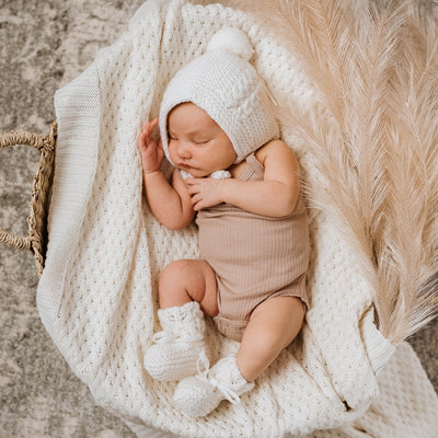 Snuggle Hunny Kids - Bonnet & Booties - Ivory