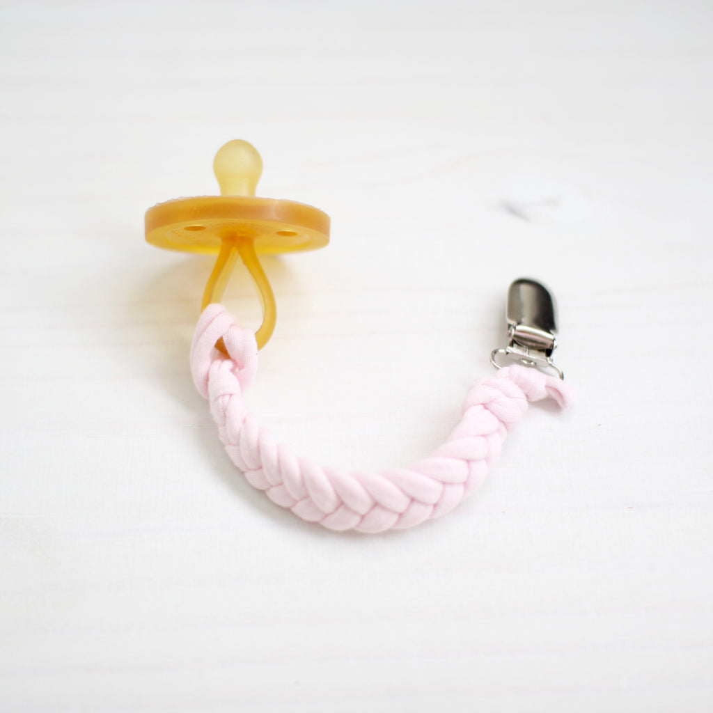 softy pacifier clip | piglet pink
