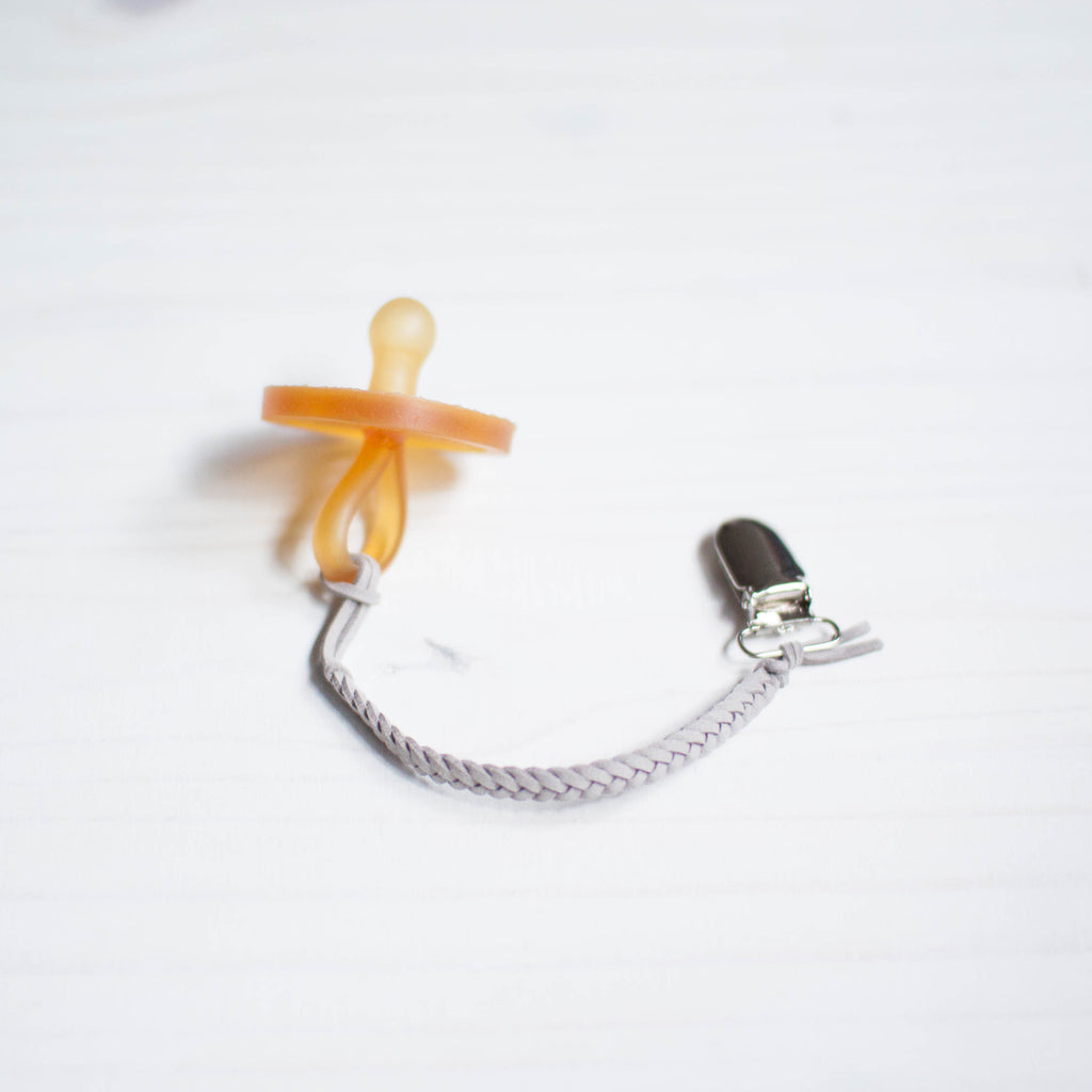 braided pacifier clip | light gray