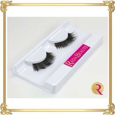 Hollywood Diva Silk Lashes open box view. Buy your silk lashes at Rada Beaute now!