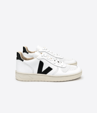 Veja V-10 Black / White shoes Organic Crew