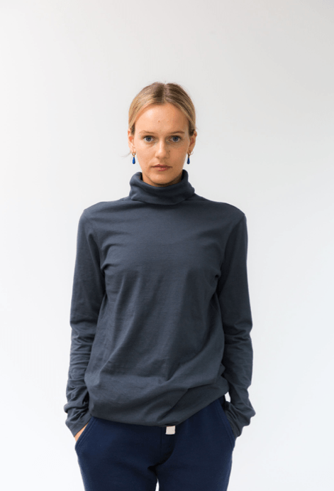 Load image into Gallery viewer, Luna Skivvy Charcoal skivvy Organic Crew