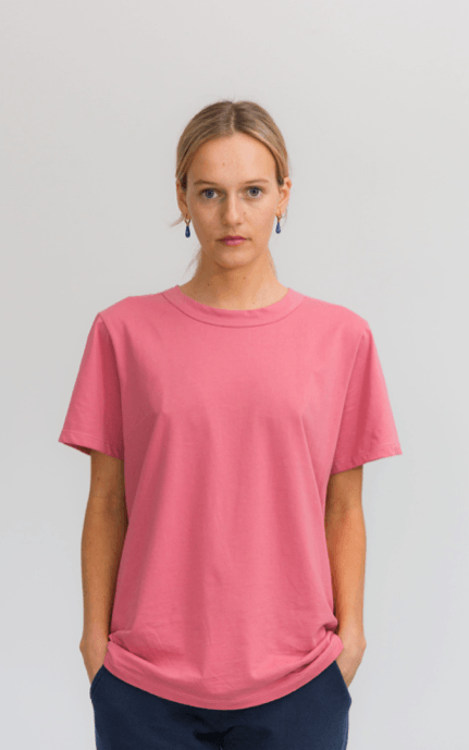 Load image into Gallery viewer, boyfriend tee coral Tee Shirt Organic Crew