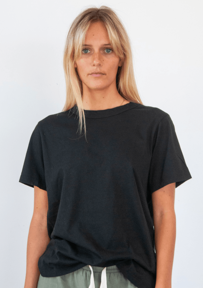 Load image into Gallery viewer, boyfriend tee black Tee Shirt Organic Crew