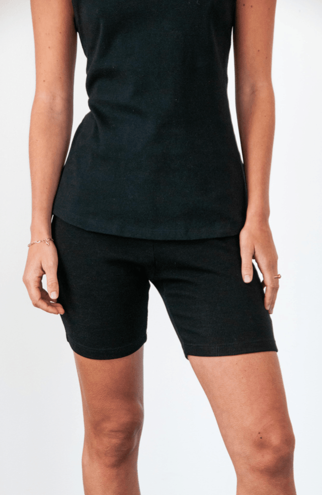 Load image into Gallery viewer, Yogi bike short in black shorts Organic Crew