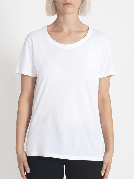 super relaxed tee white
