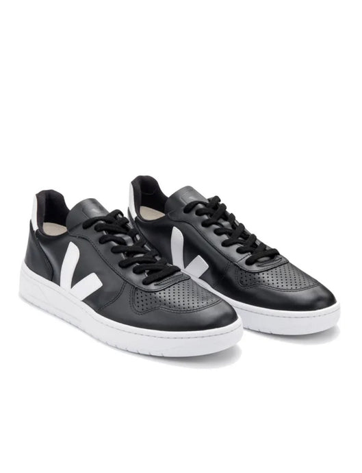 V-10 Sneakers In Black leather -white sole Organic Crew