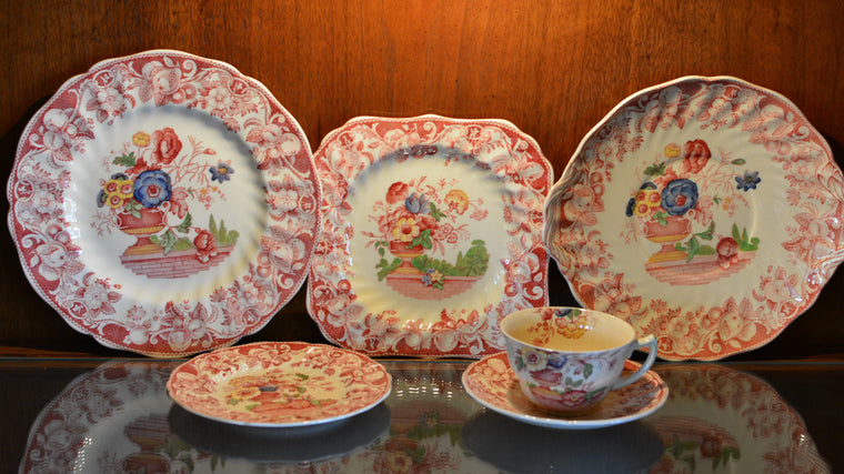 Royal Doulton Pomeroy Red Multicolor Center Design China
