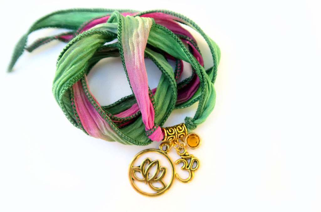 Roses and Vines - Yoga Silk  Wrap - Pranachic