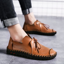 Load image into Gallery viewer, Plus Size Men Handmade Sewing Comfortable Moccasins