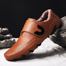 Load image into Gallery viewer, High Quality Leather Plush Warm Men Shoes