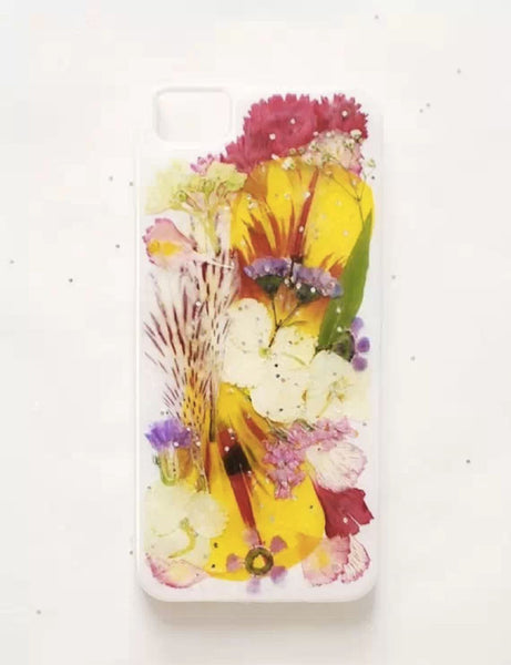 Hold your breath! The DIY Mobile iPhone Case is coming!