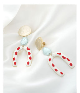 Modern retro harbor style! Hong Kong taste wave point U-shaped red glaze earrings earrings without ear holes